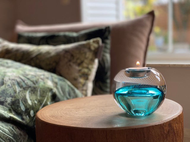 Premium A Line Tealight Blauw A12TTB Sfeerfoto