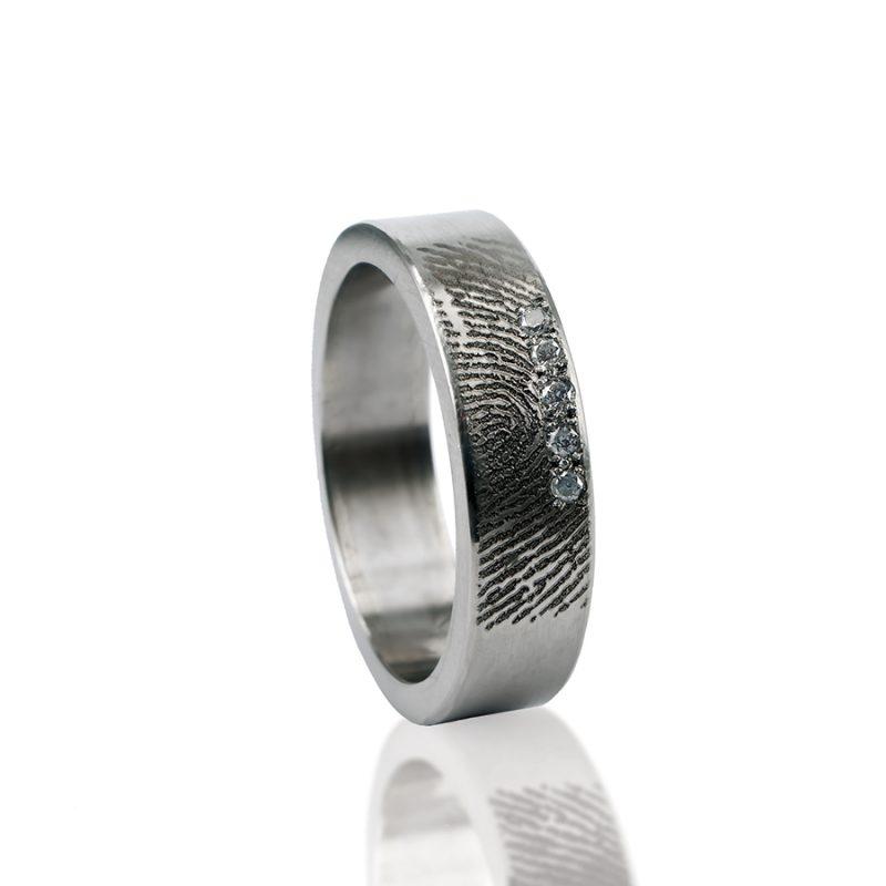 Vingerafdruk ring sterling zilver met 5 zirkonia stenen 0101-05Z