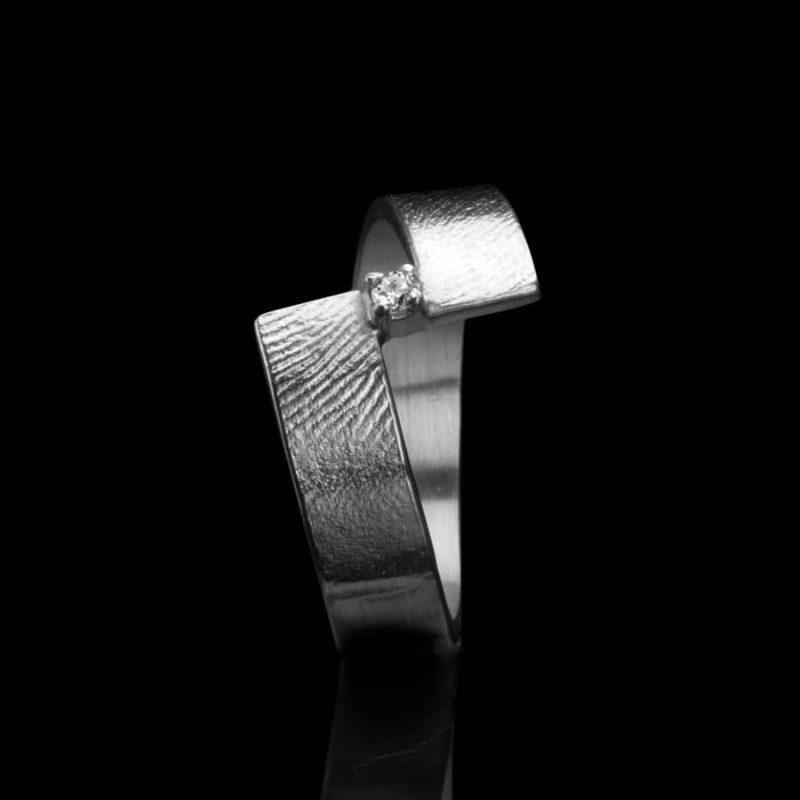 Vingerafdruk ring sterling zilver met chaton met steen 0102-10Z