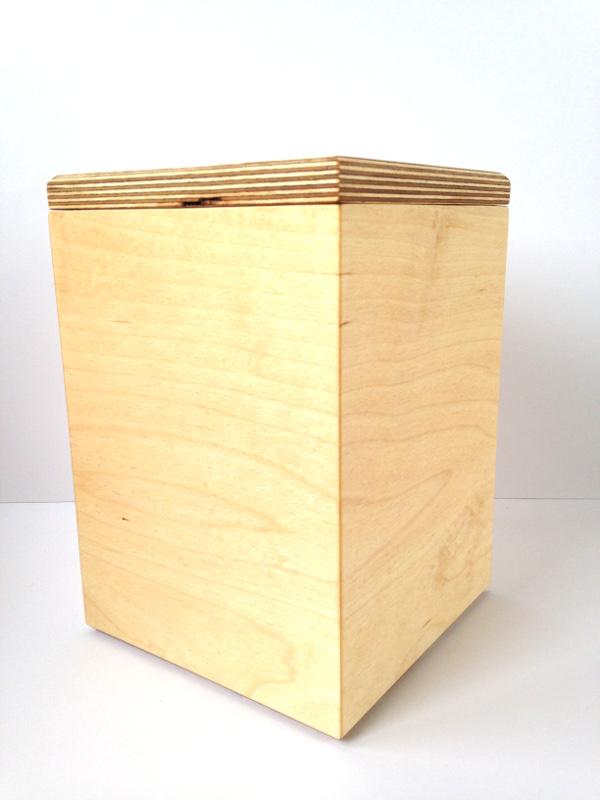 Urn 3.5L Berken Multiplex met deksel Berken Multiplex 18-022