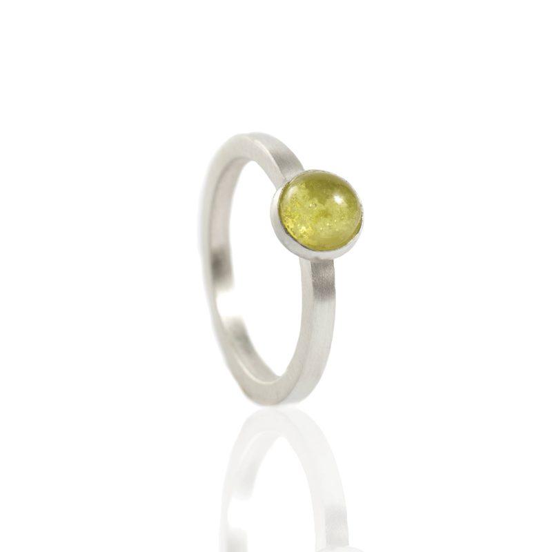 Ring met glazen as cabochon 11.122-000