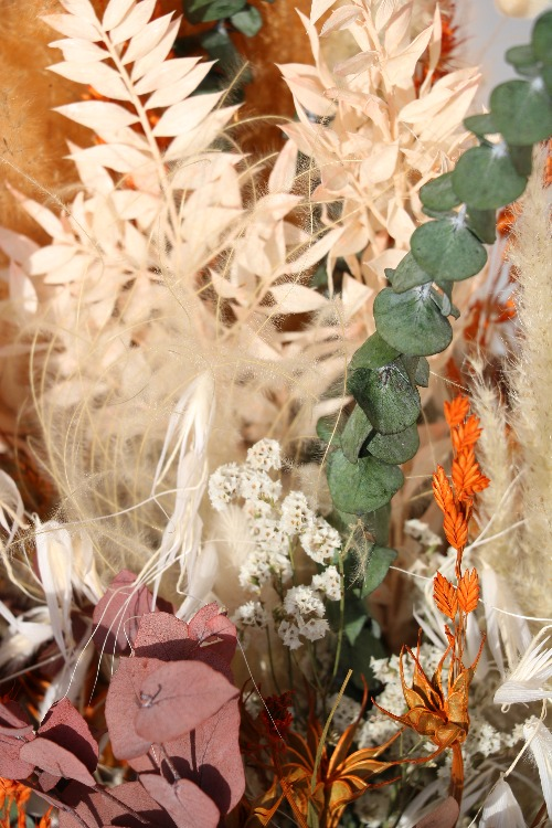 Rouwbloemen droogbloemen close up