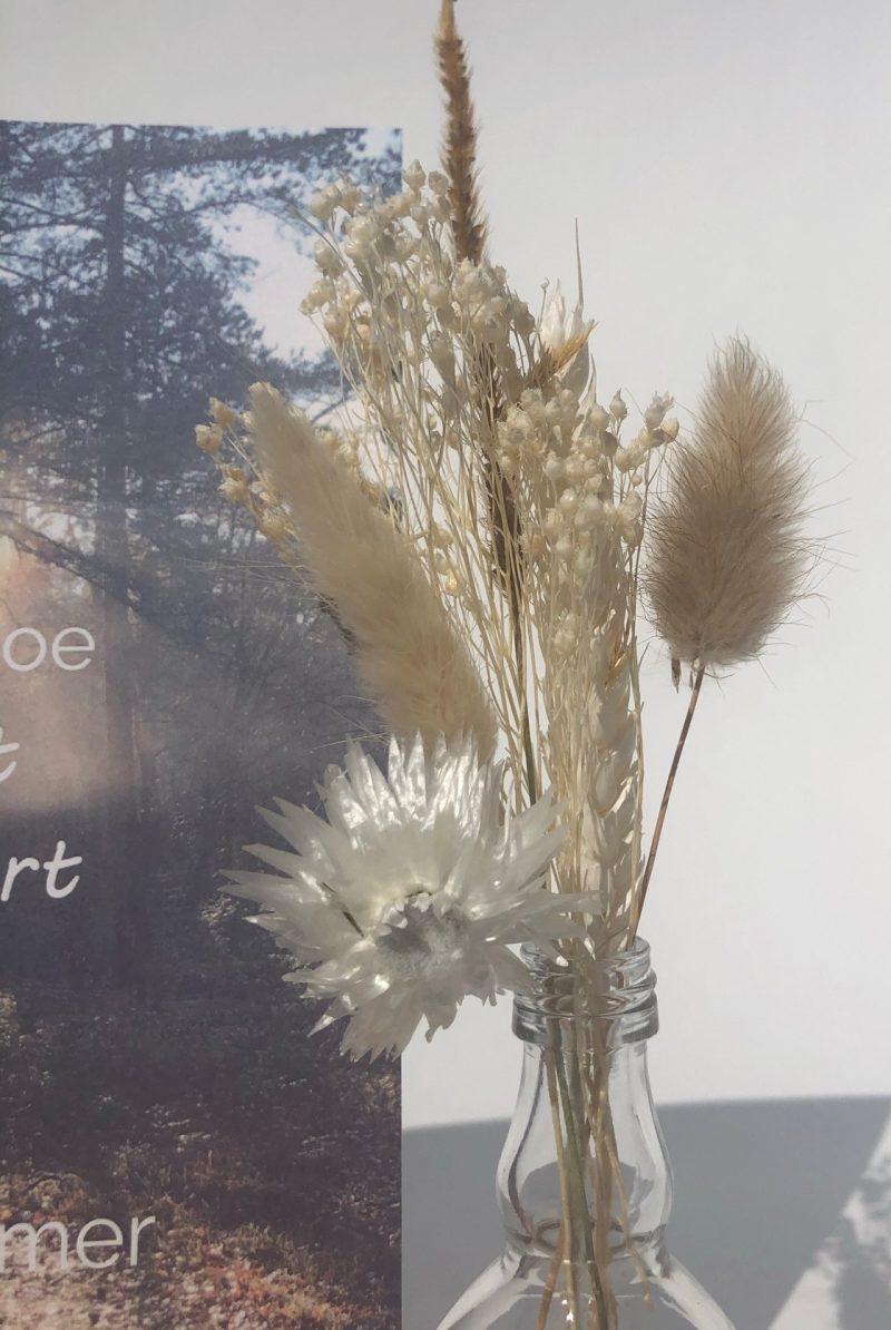 Troostbox - Gedenkaltaar met vaasje en droogbloemen